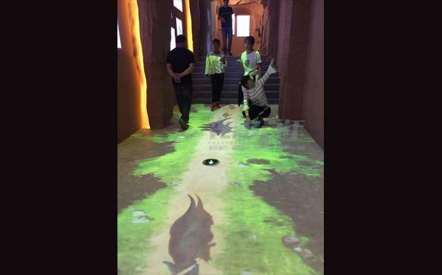 光影百年地面互动投影案例-河北沧州动物园